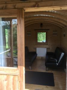 camping-hut